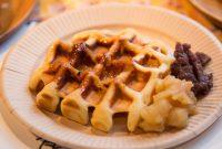 ワッフル / 餡子 / リンゴジャム - waffle / sweet bean paste / apple jum